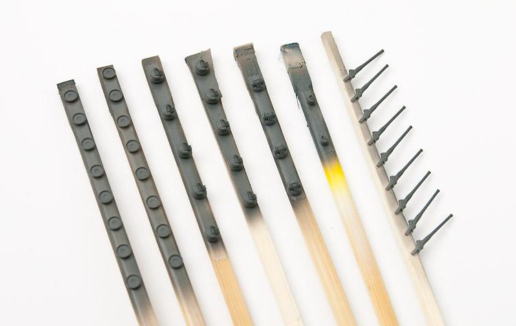 割り箸を持ち手にした塗装