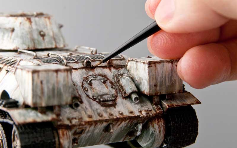 錆の描き込み作業