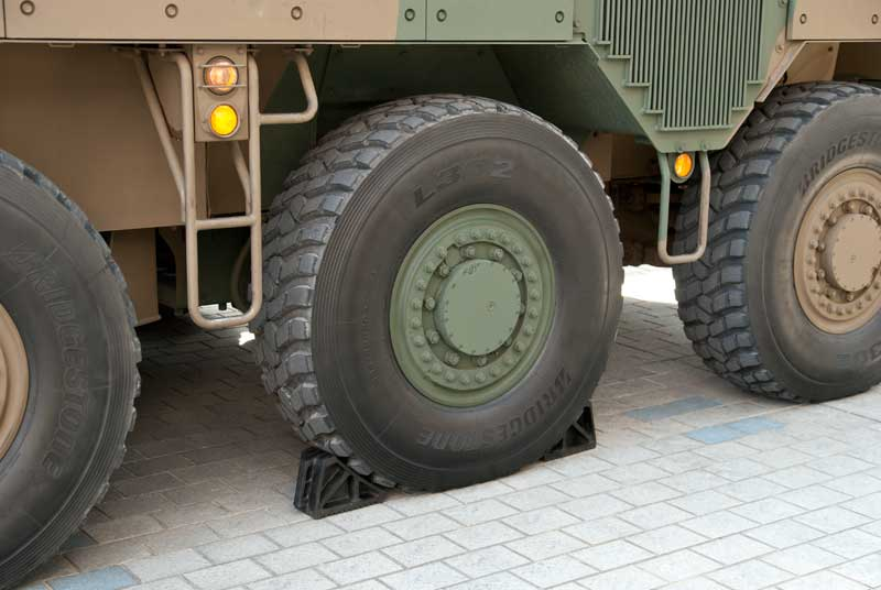 16式機動戦闘車のタイヤ